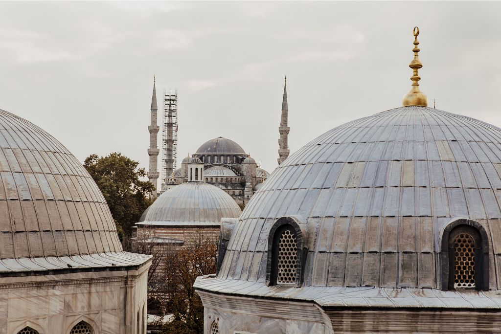 how to get from sabiha gokcen airport to Sultanahmet